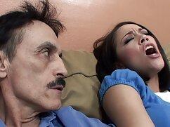 La mujer se acuesta de espaldas y porno amateur mexicano un miembro se le mete muy profundo en la garganta.