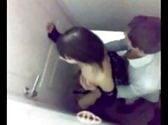 Marido golpeando xxx maduras mexicanas su culo en el culo con varias pestañas durante BDSM en casa