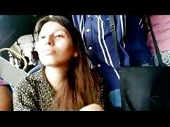 La rusa puso xvideos mexicana caliente a una zorra pelirroja y rizada en jeans para el coito anal