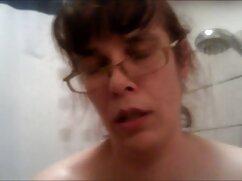 La caca se metió en la cámara oculta del porno anal mexicano baño