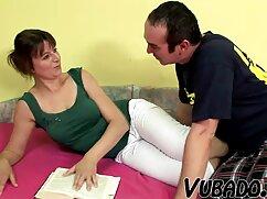 El joven empleado sugirió que el jefe lo encontrara cara a cara en el videos swinger mexicanos trabajo.