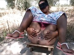 El chico se folla a una chica con curvas en la boca sexo con mexicanos y el coño en el bosque