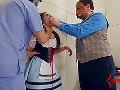 Una estudiante rusa delgada mea en el bosque frente a la cámara de morritas mexicana un amigo pervertido